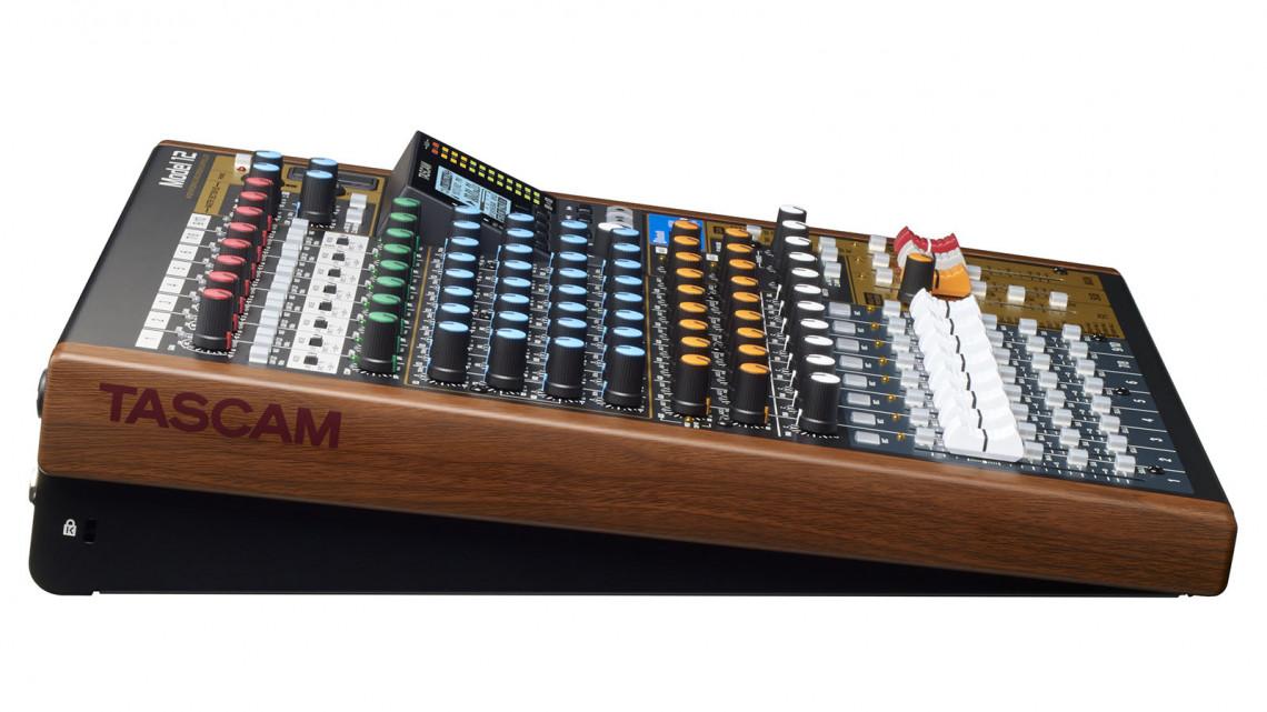 TASCAM Model 12