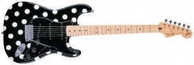 FENDER Buddy Guy Standard Stratocaster®, Maple Fretboard, Polka Dot Finish